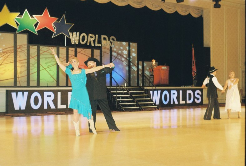 Worlds 2013 - Nightclub TwoStep