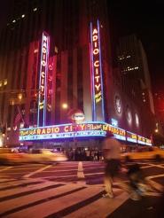 Radio City Music Hall [CC]