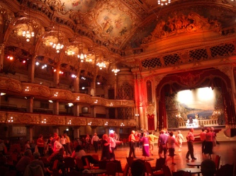 Dancers dancing at the Blackpool Ballroom (CC)