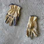 Love Hate Gloves (CC)