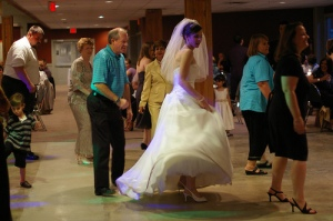 Wedding Line Dance (CC)