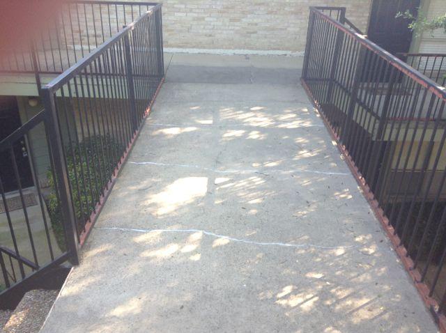 "2. The ""bridge"" across the courtyard"
